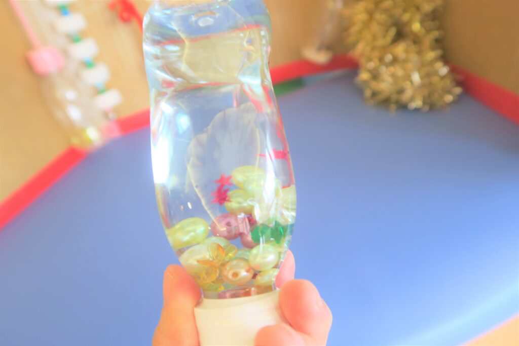 【保育士さん直伝☆センサリーボトルの作り方】R1ペットボトルで0歳赤ちゃんに手作り知育おもちゃ