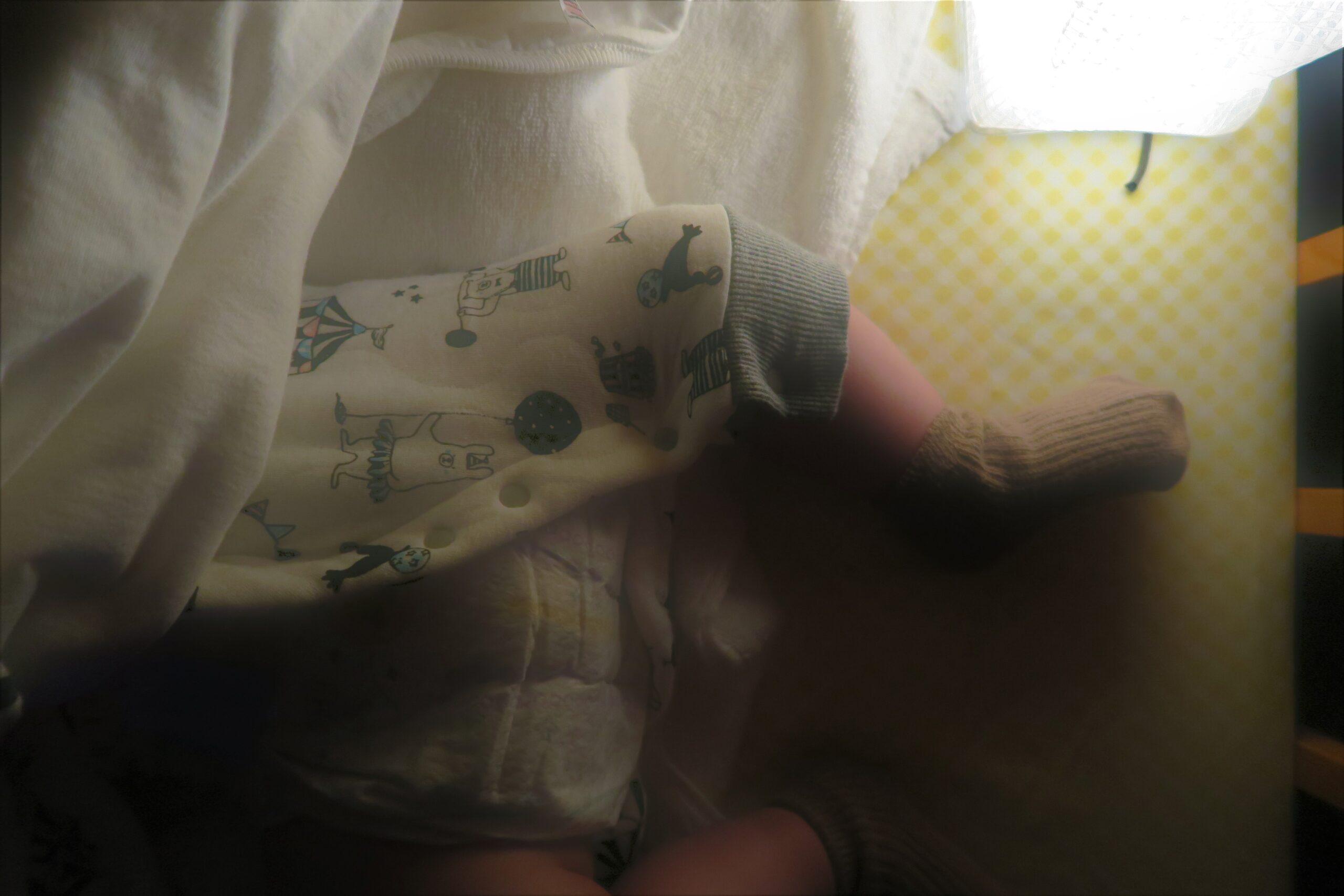 赤ちゃん夜お世話照明