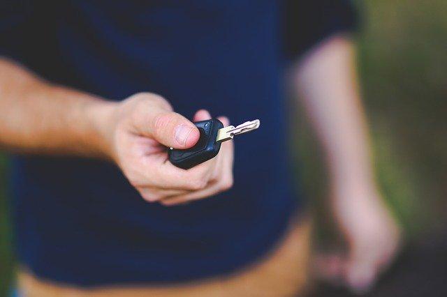 自動車保険は毎年見直すことでとってもお得に!我が家の保険内容と保険料を下げるポイント紹介